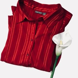 Ladies plus Sz red button down shirt